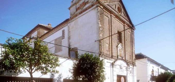 ¿La capilla de las Monjas Blancas de Écija de convento del siglo XVII a almacén de palcos del siglo XXI?