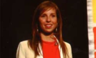 Paula Chanfreud de Écija, una de las notas más brillantes de bachillerato, entrevistada por la Cadena Ser en la Universidad Menéndez Pelayo.