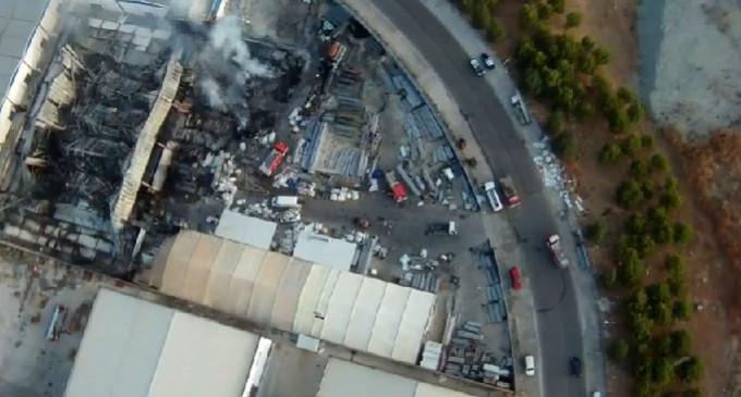 Queda controlado el incendio de la nave industrial de Écija
