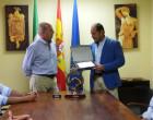 El alcalde de Écija, recibe al equipo ecijano ganador del X Correo Postal