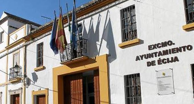 Según los representantes sindicales en el Ayuntamiento de Écija, el Gobierno Local pone en riesgo las nóminas de los trabajadores