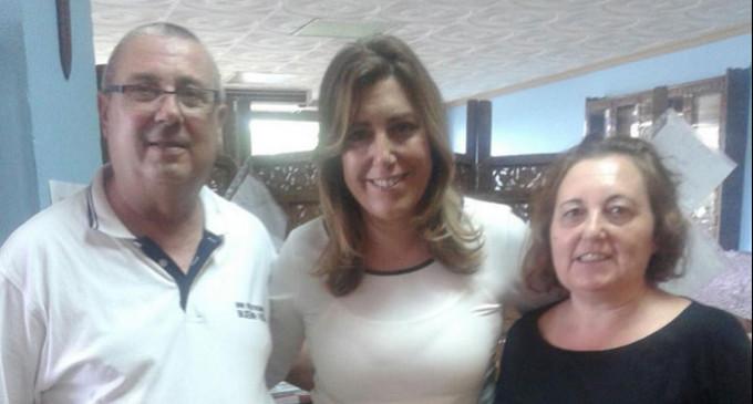 TU NOTICIA: La presidenta de la Junta de Andalucía, Susana Díaz, ha estado con el cantante del Himno del Écija Balompié