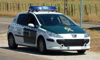 Un miembro de la policía Local de Écija persigue a un agresor en Palma del Río