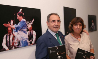 Inauguración en Sevilla de la exposición de la fotógrafa Remedios Marvárez y del flamencólogo de Écija, Manuel Martín