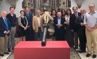El Colectivo de Pregoneros de Écija celebra la misa de Espíritu Santo y acoge al pregonero de 2016