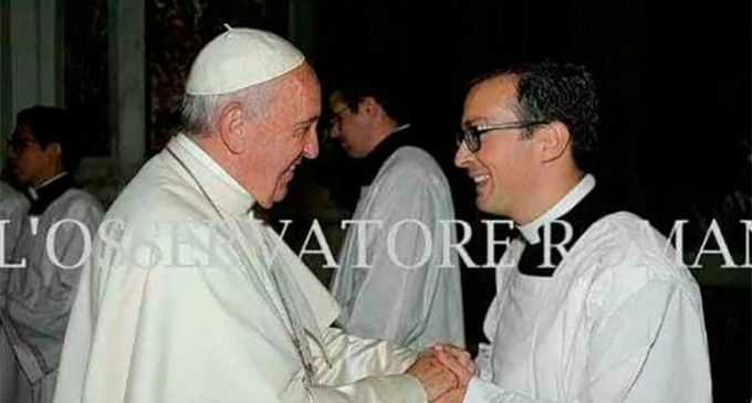 El seminarista de Écija, Gonzalo, participó en la ceremonia de Canonización de 7 santos realizada por el Papa (contiene vídeo homilía)