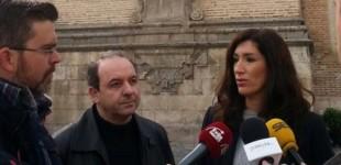 El PP de Écija exige medidas contra los peligrosos desprendimientos de la torre de Santa María