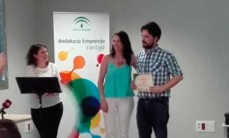 """Luis Miguel Gómez, alumno de Sistemas Electrotécnicos de la SAFA, gana el concurso """"Emprendemos"""" del CADE de Écija"""