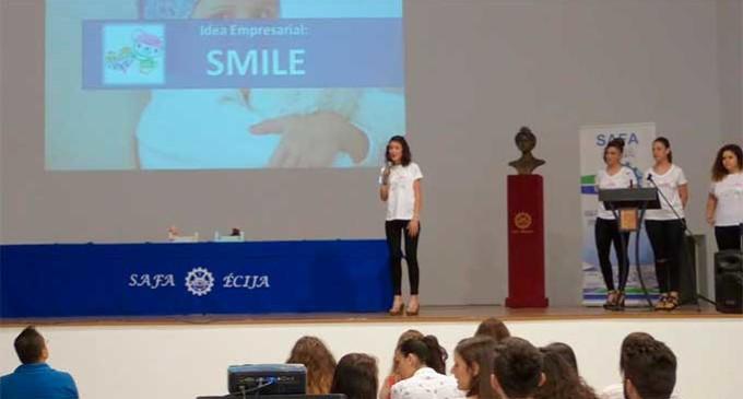 """El proyecto """"Smile"""" gana la X Semana de Emprendedores Safa-Écija"""