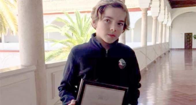Andrés Segura de Écija, el participante más joven, consigue con el Marbella Team el Campeonato de Andalucía de J-80