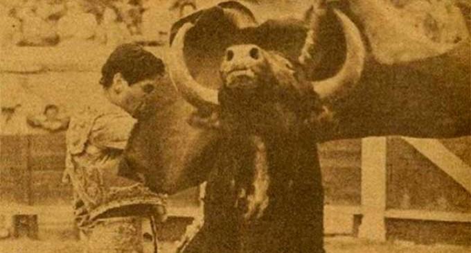 CAPÍTULO LII: DE ALGUNOS HECHOS, SUCESOS, ANÉCDOTAS Y OTRAS NOTICIAS RELACIONADAS CON LA CIUDAD DE ECIJA, ENCONTRADAS EN LAS HEMEROTECAS ESPAÑOLAS: LA ENTREVISTA A JAIME OSTOS, FIESTA DEL ALGODÓN… EN 1958 por Ramón Freire