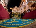 ALFOMBRA DE SAL Y PETALADA A LA SEÑORA DEL VALLE DE ÉCIJA PONEN EL BROCHE A UN DÍA MEMORABLE (fotos Nío Gómez)