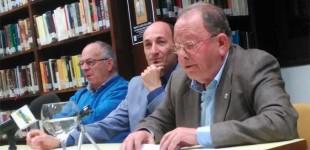 """Se presentó el libro """"Estudios de léxico ecijano"""" del autor Francisco Martínez Calle (audio)"""
