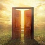 """""""Puertas Abiertas… a mis sentimientos"""" es el nuevo libro de poemas del escritor de Écija, Ramón Freire Gálvez, que pone a disposición de todos los lectores"""