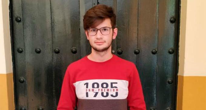 Juan Luis Verdugo, alumno del instituto Nicolás Copérnico de Écija, obtiene la máxima nota de selectividad en Sevilla