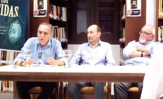 """La Biblioteca Municipal de Écija acogió la presentación del libro """"El Cementerio de los suicidas"""" de Manuel Hurtado Marjalizo (audio)"""