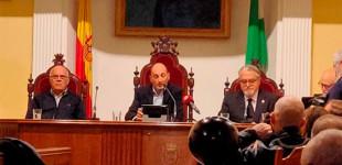 Magnífica Conferencia Homenaje a Fernando Luna Riel a cargo de Diego Lamoneda y organizado por la Asociación Amigos de Écija (audio y video fotográfico)