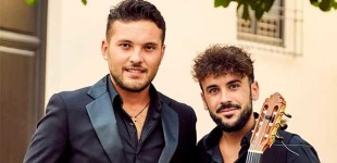 El cantaor Kiko Peña de Écija y el guitarrista Ángel Doblado, cerró ayer el Ciclo del Jardín del Museo Picasso de Málaga (video)
