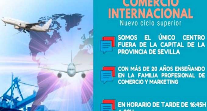 El I.E.S. San Fulgencio de Écija, hace la presentación de su nuevo Ciclo Formativo de Comercio Internacional