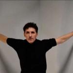 El bailaor de Écija, Fernando Romero, baila por flamenco a clásicos universales en la Bienal de Sevilla