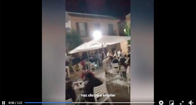 Sábado movido en Écija con intervención policial por no respetarse las normas establecidas. La noticia en la Prensa Nacional