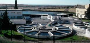 La Junta de Andalucía decreta no apta para el consumo el agua potable de Écija. Ubicación de los camiones cisternas para distribución de agua potable