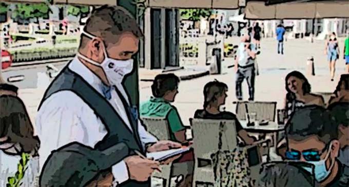 A LOS CAMAREROS por Diego Lamoneda
